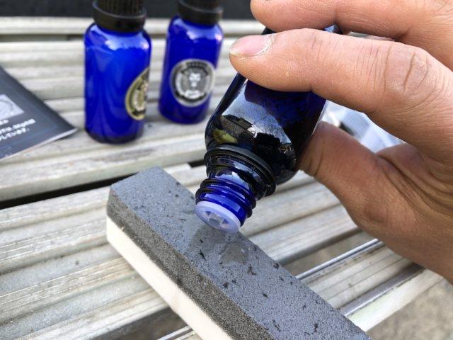 レオコートの粘土にシャンプーつける